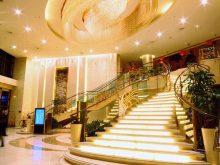 Feitian Hotel Beijing会议场地-大堂楼梯
