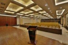 三楼报告厅512平米高清LED屏