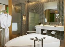 豪华房浴室