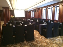 泰晤士厅-课桌式
