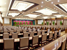 Soluxe Convention Center Hotel Beijing会议场地-综合楼会场-课桌布置