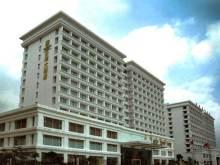 Grand Peak Hotel